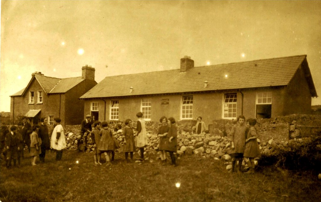 Kilmacowen Old School, Circa 1930