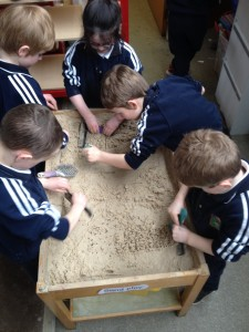 Using combs and brushes in the sand