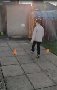 kicking4